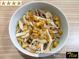 Foto - Makanan di Bakmi Karet Bu Kur Ayam Kampung oleh Tirta Lie