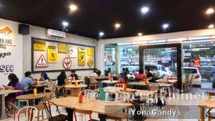 Foto 8 - Interior di Panties Pizza oleh Yona dan Mute • @duolemak