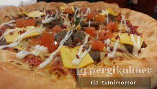 Foto 1 - Makanan di Pizza Hut oleh Ria Tumimomor IG: @riamrt