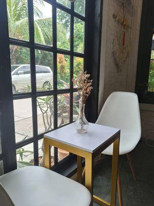 Foto 7 - Interior di Jonbon's Coffee & Eatery oleh Junior