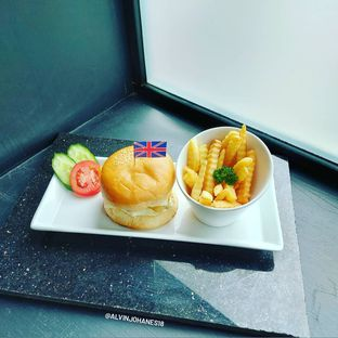 Foto review Fish & Chips ThreeHouse oleh Alvin Johanes  14