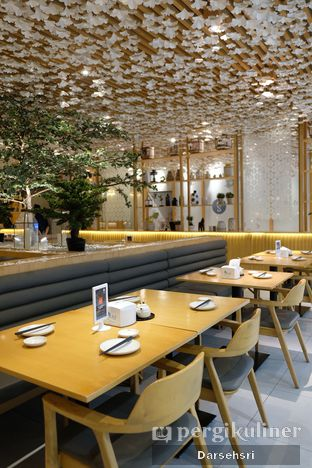 Foto 5 - Interior di Sushi Hiro oleh Darsehsri Handayani
