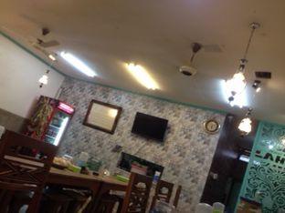 Foto 3 - Interior(tanpa ac & wifi) di Nasi Uduk & Ayam Goreng Lahap oleh Threesiana Dheriyani