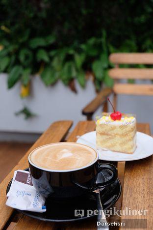Foto 5 - Makanan di Michelle Bakery oleh Darsehsri Handayani