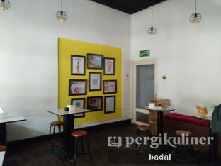 Foto 3 - Interior(sanitize(image.caption)) di Creamel Ice Cream oleh Winata Arafad
