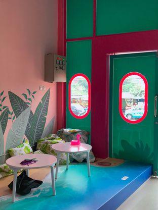 Foto 15 - Interior di Kopi Tuya oleh yudistira ishak abrar