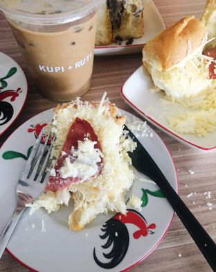 Foto 1 - Makanan di Kupi + Ruti oleh inggie @makandll