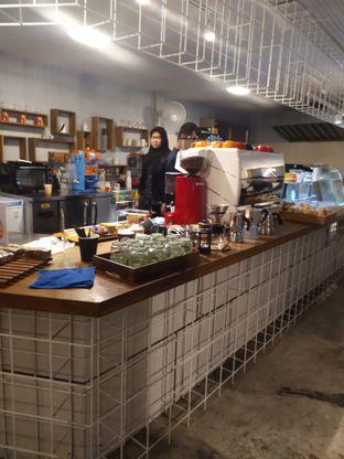 Foto 6 - Interior di Artwork Coffee Space oleh Adiba Putri
