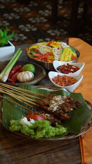 Foto 6 - Makanan di Pojok Nasi Goang oleh Theodora