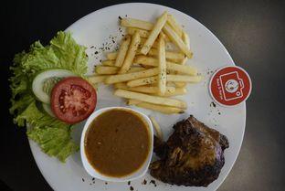 Foto 12 - Makanan di Cyrano Cafe oleh yudistira ishak abrar