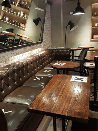 Foto 7 - Interior di KOI The oleh Stallone Tjia (Instagram: @Stallonation)