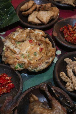 Foto 5 - Makanan di Waroeng SS oleh thehandsofcuisine