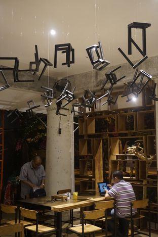 Foto 19 - Interior di Artivator Cafe oleh yudistira ishak abrar