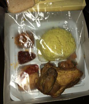 Foto 1 - Makanan di Nasi Kuning Cakalang Oma oleh Mitha Komala
