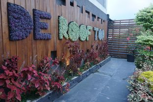 Foto 2 - Eksterior di De Cafe Rooftop Garden oleh eatwerks