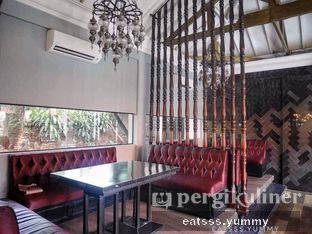 Foto 2 - Interior di Thirty Three by Mirasari oleh Yummy Eats