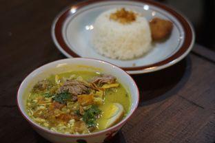 Foto 5 - Makanan(Nasi Soto Kwali Pisah) di Warunk Selaras oleh Fadhlur Rohman