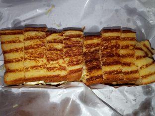 Foto 3 - Makanan di Bolu Bakar Tunggal oleh Chris Chan