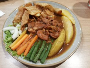 Foto 2 - Makanan di Selera Meneer oleh IG:  ReeMeyna
