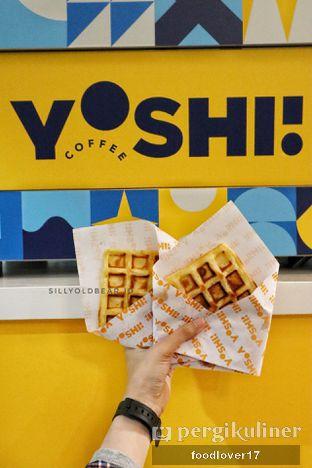 Foto 1 - Makanan(Waffle) di Yoshi! Coffee oleh Sillyoldbear.id