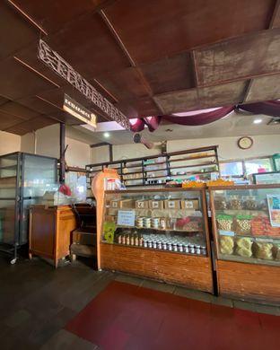 Foto 2 - Interior di Roti Gempol oleh Alexandra  Damayanthie