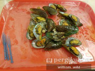 Foto 1 - Makanan di Kerang Kiloan Pak Rudi oleh William Wilz