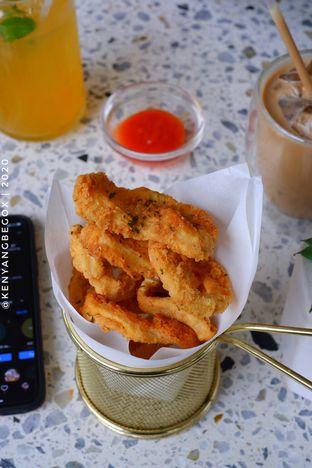 Foto 1 - Makanan di Phyllo Coffee oleh Vionna & Tommy