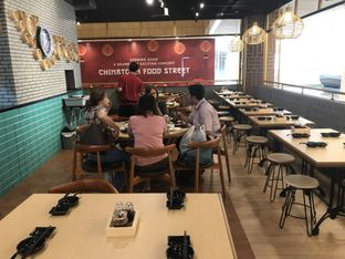 Foto 5 - Interior di Jin Mu Dumpling Restaurant oleh Oswin Liandow