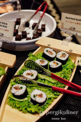 Foto 2 - Makanan di Shaburi & Kintan Buffet oleh Irene Stefannie @_irenefanderland