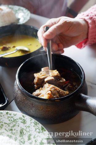 Foto 15 - Makanan(Asam-asam Iga) di Medja oleh Shella Anastasia