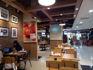 Foto 2 - Interior di Burger King oleh Nur  Syamsiah BA