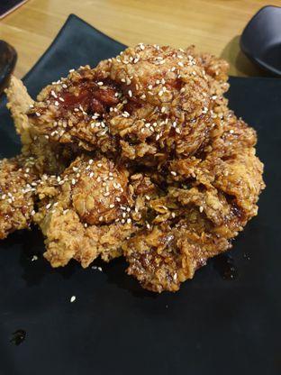Foto 1 - Makanan(Fried Chicken-Garlic) di Ahjumma Kitchen oleh Henny Adriani