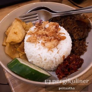 Foto 2 - Makanan(Flurry Beef Rice) di Titik Koma Coffee oleh Prita Hayuning Dias