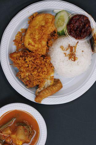 Foto - Makanan di Ayam Goreng Kalasan Borobudur oleh Erika Karmelia