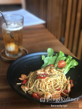 Foto review Emji Coffee Bar oleh beverlyapr 1