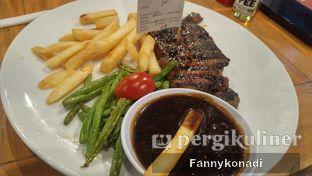 Foto 2 - Makanan di Steak Hotel by Holycow! oleh Fanny Konadi