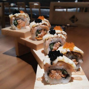 Foto 2 - Makanan di Sushi Matsu - Hotel Cemara oleh Barry Baldemar