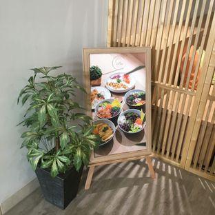 Foto 13 - Interior di Sollie Cafe & Cakery oleh Lydia Adisuwignjo