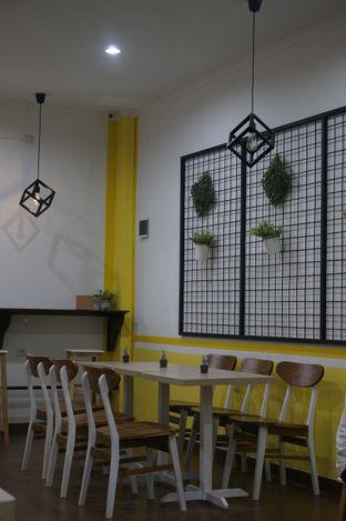 Foto 23 - Interior di Koma Cafe oleh yudistira ishak abrar