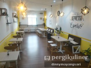 Foto 9 - Interior di Koma Cafe oleh dinny mayangsari