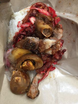 Foto 9 - Makanan di Nasi Campur Amin 333 oleh Yohanacandra (@kulinerkapandiet)