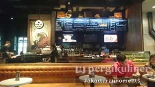 Foto 4 - Interior di Liberica Coffee oleh Jakartarandomeats