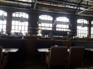 Foto 4 - Interior di Beer Hall oleh Fan Fan Adi  Pratama