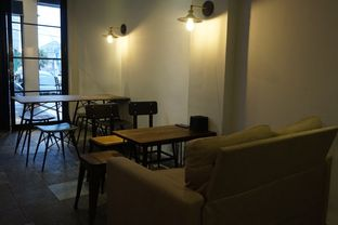 Foto 21 - Interior di KRAH Coffee & Cuisine oleh yudistira ishak abrar