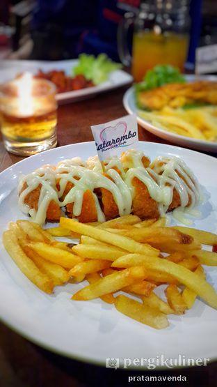 Foto review Latarombo Riverside Cafe oleh Venda Intan 2