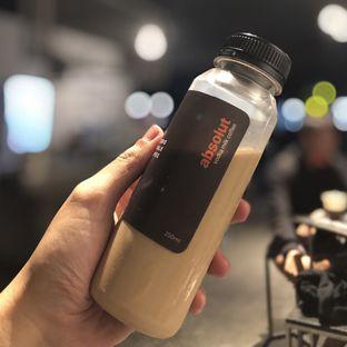Foto - Makanan( Absolute Vodka Milk Coffee) di Zero Scale Coffee oleh Fadhlur Rohman