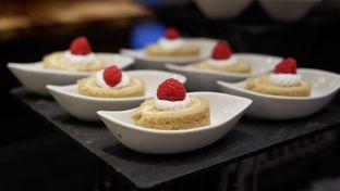 Foto 24 - Makanan di OPEN Restaurant - Double Tree by Hilton Hotel Jakarta oleh Deasy Lim
