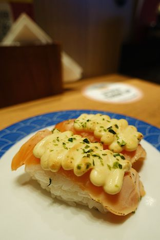 Foto 4 - Makanan di Tom Sushi oleh iminggie