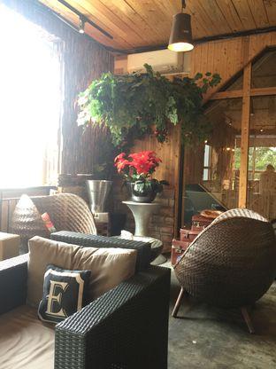 Foto 9 - Interior di Six Ounces Coffee oleh Ardelia I. Gunawan