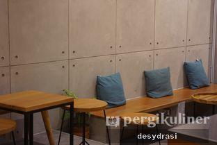 Foto 5 - Interior di Makmur Jaya Coffee Roaster oleh Makan Mulu